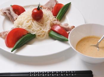 胡麻麺つゆの素麺